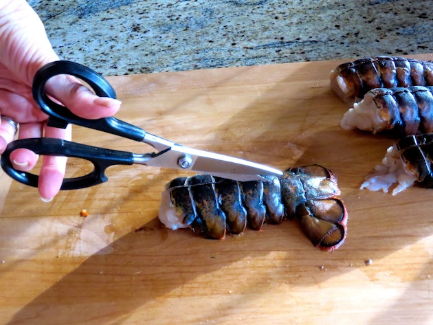Cutting Lobster Shell To Tail End