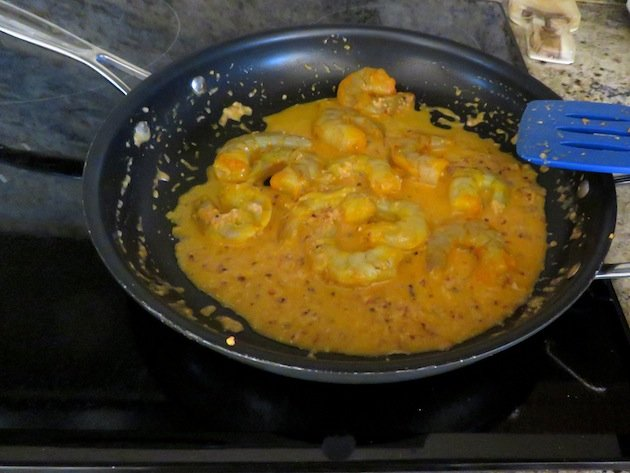 Shrimp with Peanut-Garlic Sauce-A great-tasting shrimp dish in about an hour, including marinating time! Just a few spices creates a dish with complex tastes, even though it's easy to make.